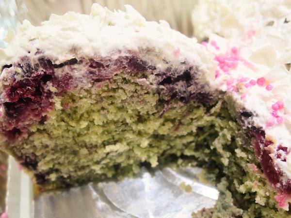 Berrylicious Kitty Cake