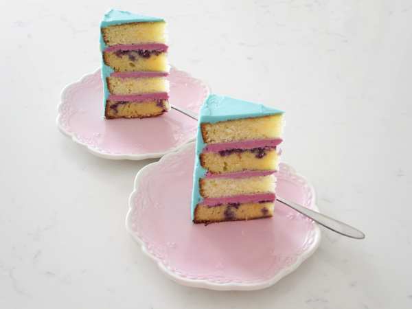 Lemon Blueberry & White Chocolate Cake