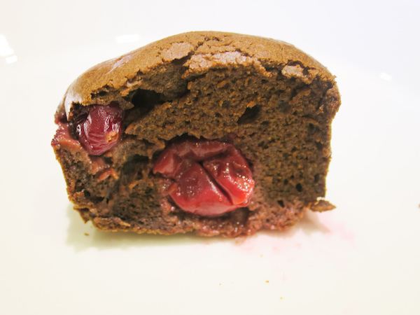 sugar free chocolate forest fruit muffins