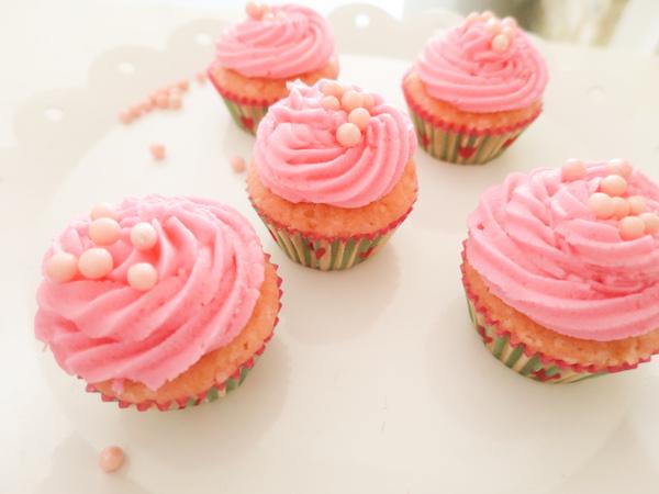 Lemon-Rose Cupcakes